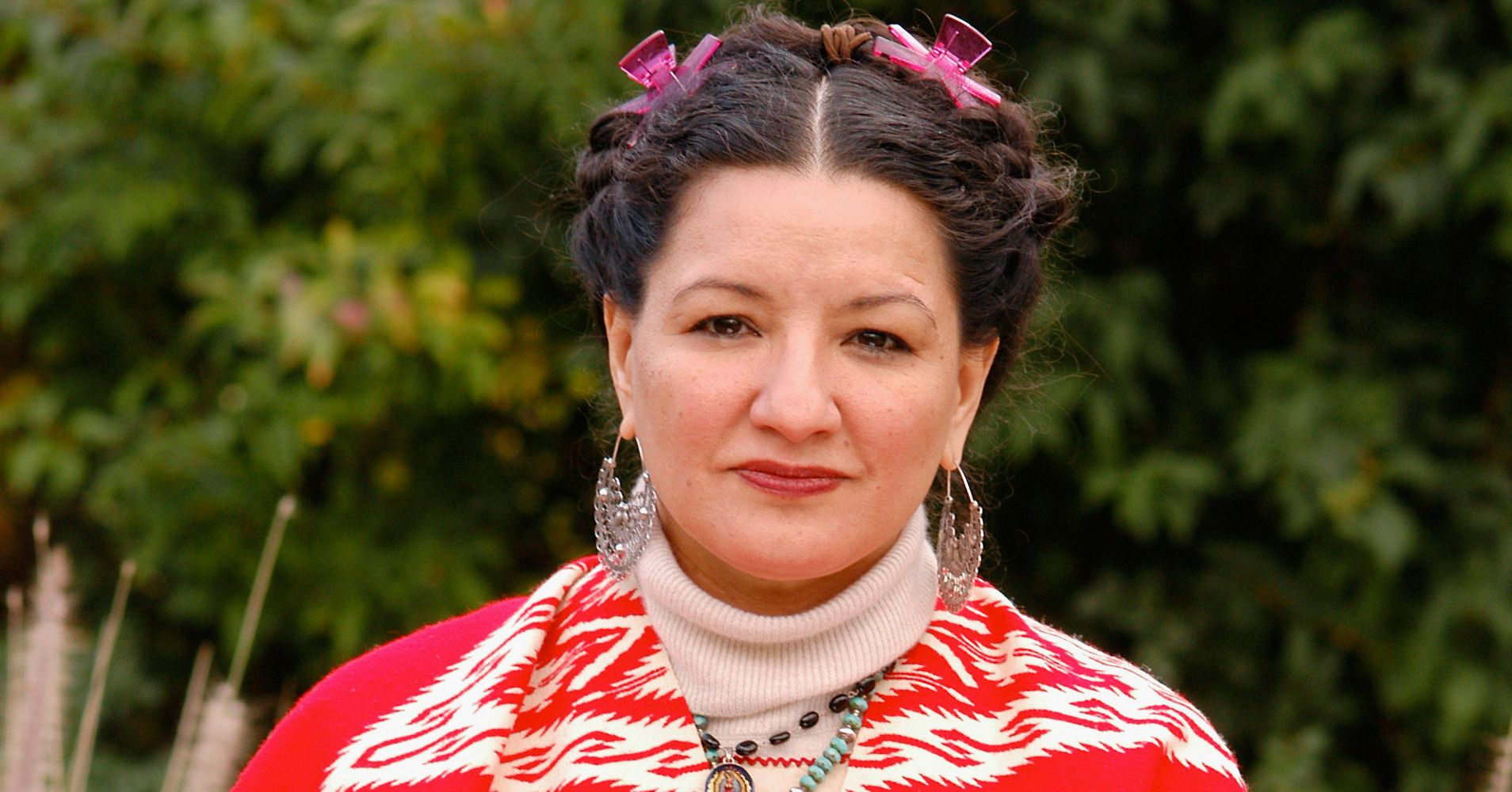Sandra Cisneros Defines What It Means To Be A Chingona ...