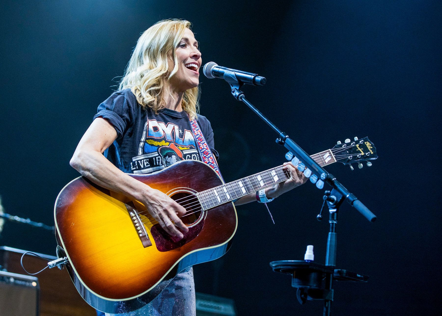 DETROIT, MI - JULY 08:  Sheryl Crow performs during The 2017 Outlaw Festival at Joe Louis Arena on July 8, 2017 in Detroit, Michigan.  (Photo by Scott Legato/Getty Images)