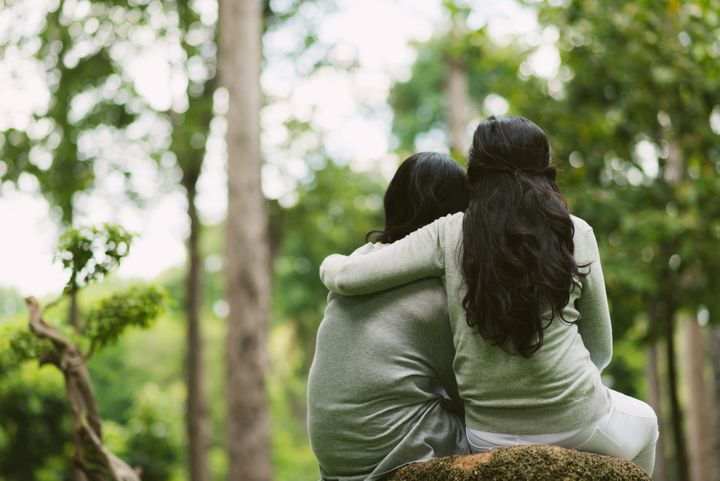 What It's Like To Support A Sibling With A Mental Illness