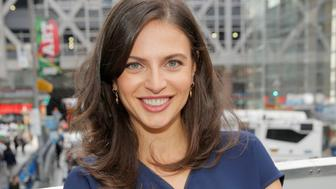 NEW YORK, NY - SEPTEMBER 27:  (EXCLUSIVE ACCESS, SPECIAL RATES APPLY) News anchor Bianna Golodryga poses for a portrait at The Girls' Lounge, giving visibility to women at Advertising Week 2016, at the New York Times Building on September 27, 2016 in New York City.  (Photo by JP Yim/Getty Images for The Girls' Lounge )