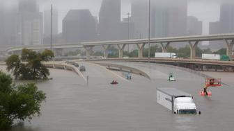 Interstate highway 45 is submerged from the effects of Hurricane Harvey seen during widespread flooding in Houston, Texas, U.S. August 27, 2017. REUTERS/Richard Carson     TPX IMAGES OF THE DAY