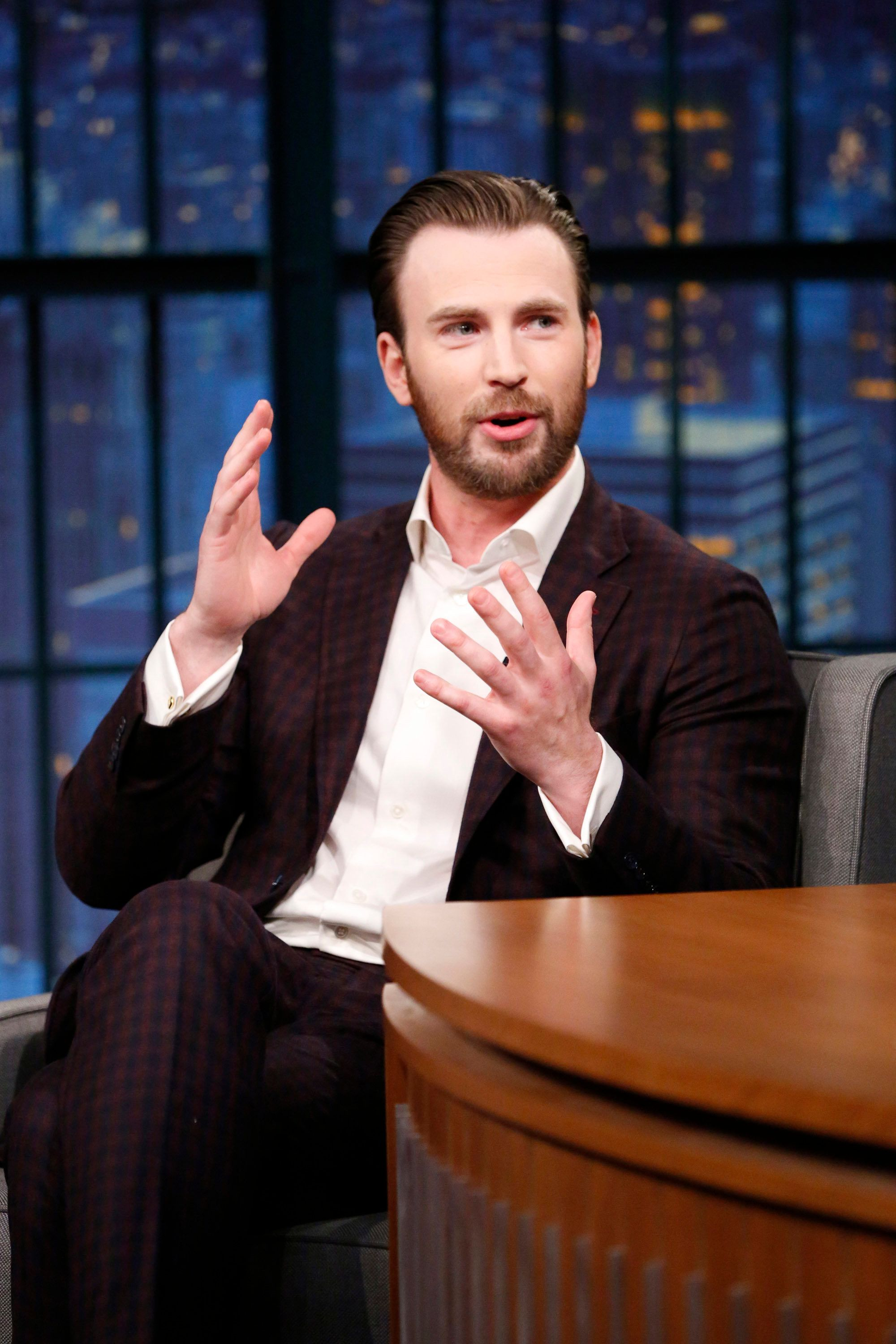 LATE NIGHT WITH SETH MEYERS -- Episode 514 -- Pictured: Actor Chris Evans during an interview on April 5, 2017 -- (Photo by: Lloyd Bishop/NBC)