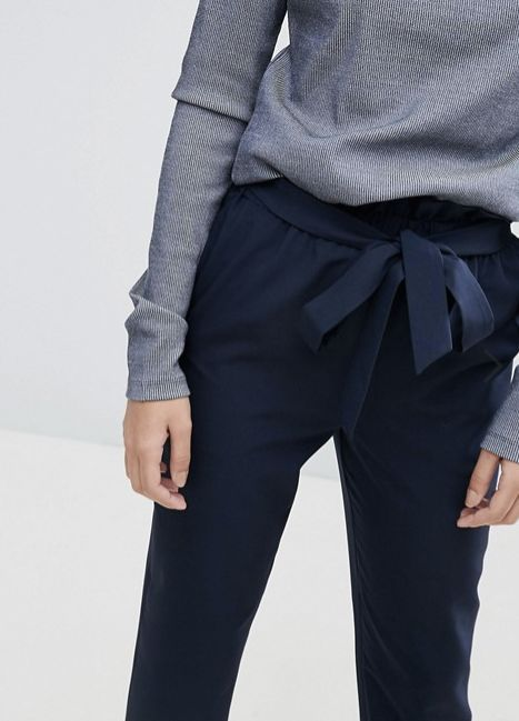 14 Ridiculously Comfortable Paper Bag Waist Pants For Every Size