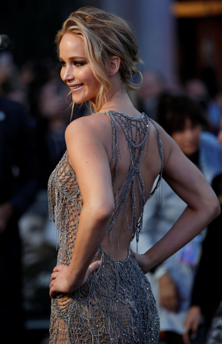 Jennifer Lawrence Is Sheer Perfection In This Silver Gown Huffpost Life Liandra dahl, annabelle lee, joost smoss, yvette luhrs, frances evelien. jennifer lawrence is sheer perfection