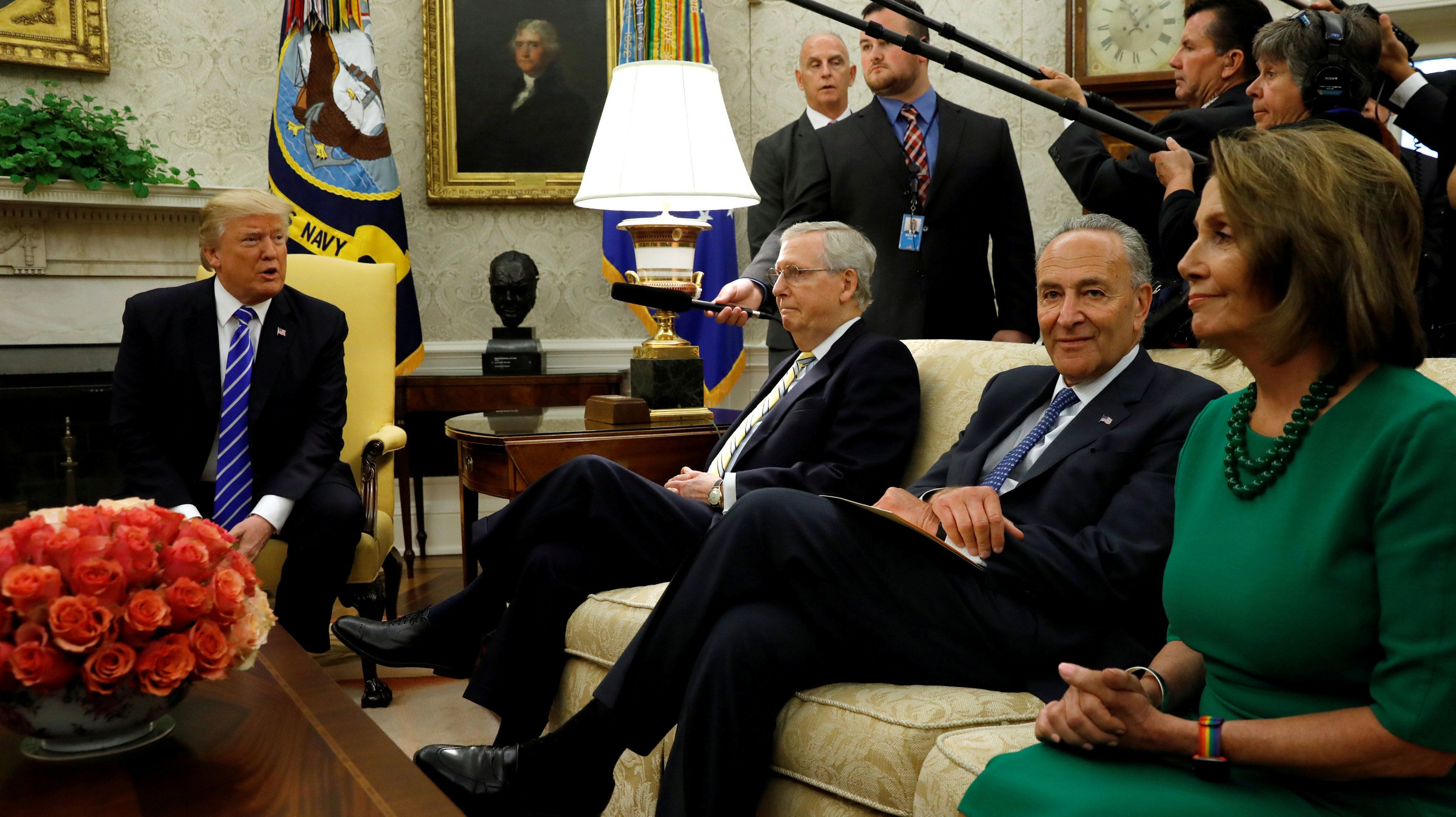 President Donald Trump meets with, from left to right, Sen. Mitch McConnell (R-Ky.), Sen. Chuck Schumer (D-N.Y.) and Rep. Nan