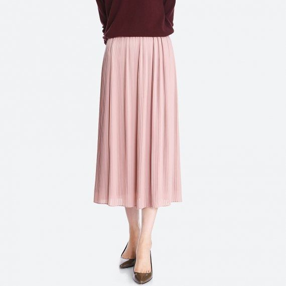 "Not quite knee length, not quite maxi length. Make sure you're ready with the <a href=""http://www.huffingtonpost.com/entry/wh"