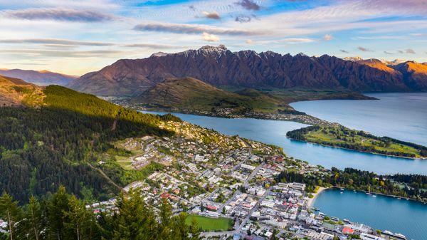 "New Zealand ranked highly for work-life balance, and <a href=""https://cms-internationsgmbh.netdna-ssl.com/cdn/file/2017-09/Ex"