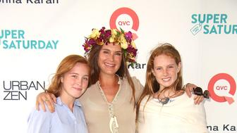 WATERMILL, NY - JULY 29:  Rowan Henchy, Brooke Shields, and Grier Henchy attend the 20th Annual Super Saturday to benefit the Ovarian Cancer Research Fund Alliance at Nova's Ark Project on July 29, 2017 in Watermill, New Yor  (Photo by Sonia Moskowitz/WireImage)