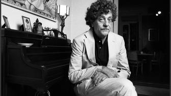 Portrait of American author Kurt Vonnegut Jr. (1922 - 2007) as he poses in his home, New York, New York, mid 1980s. (Photo by Oliver Morris/Getty Images)