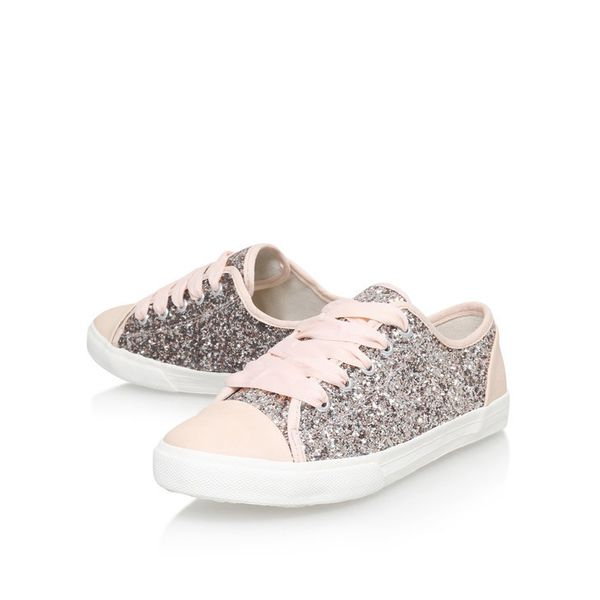 "<a href=""http://www.kurtgeiger.us/women/shoes/trainers/low-tops/jasper-nude-glitter-carvela-kurt-geiger"" target=""_blank"">Shop"