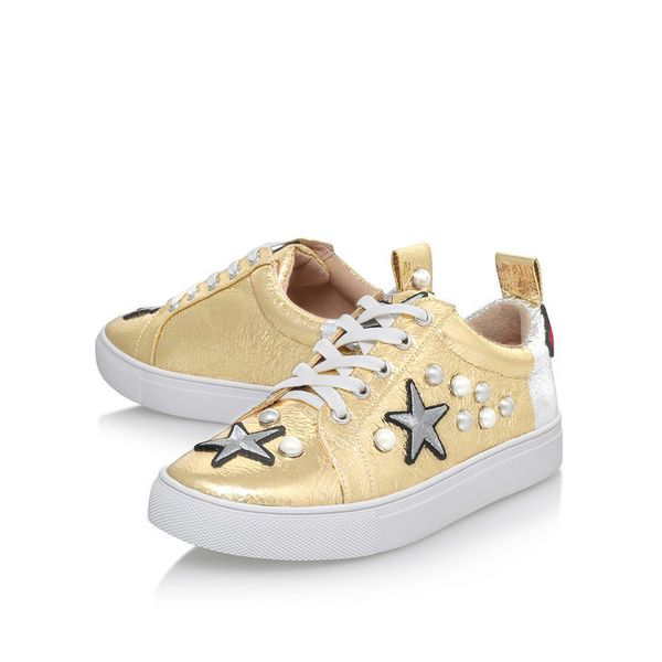 "<a href=""http://www.kurtgeiger.us/women/shoes/trainers/low-tops/lippy-gold-combination-synthetic-kg-kurt-geiger"" target=""_bla"