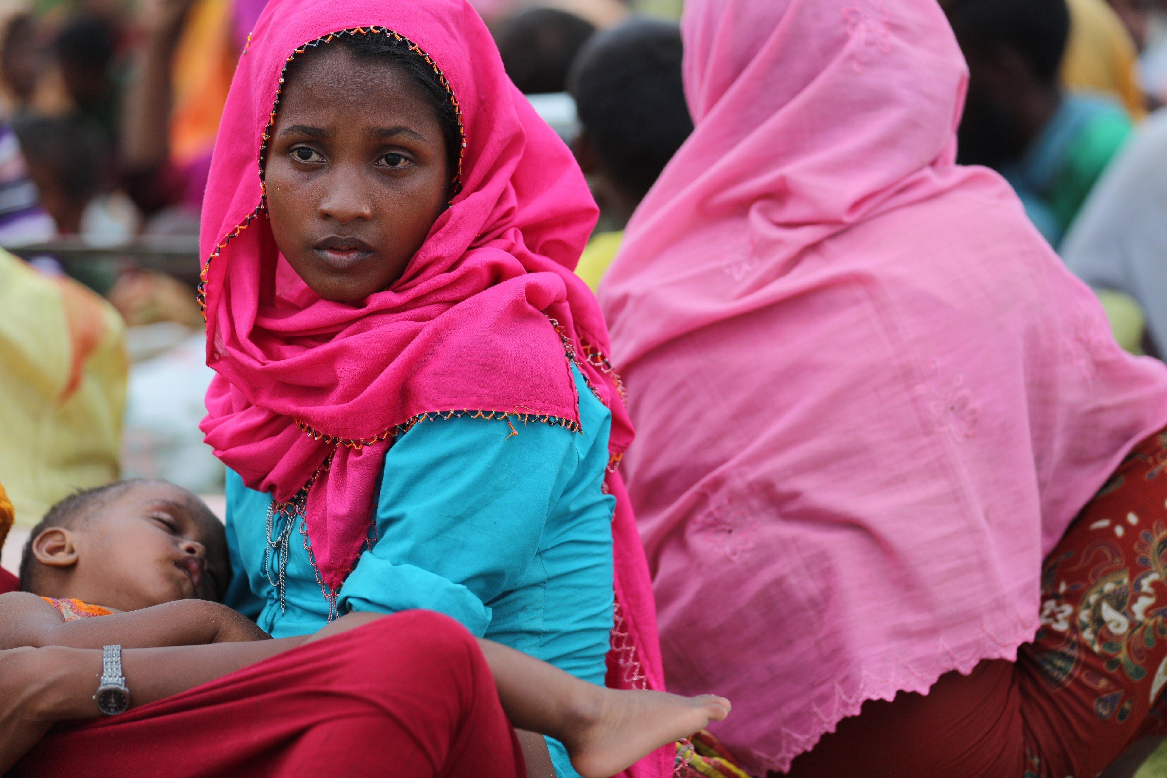 SHAH PORI ISLAND, TEKNAFF, BANGLADESH - SEPTEMBER 10 : Rohingya Muslims, fled from ongoing military operations in Myanmars Rakhine state, fled Bangladesh by boat over sea in Shah pori island, Teknaff, Bangladesh on September 10, 2017.    (Photo by Zakir Hossain Chowdhury/Anadolu Agency/Getty Images)