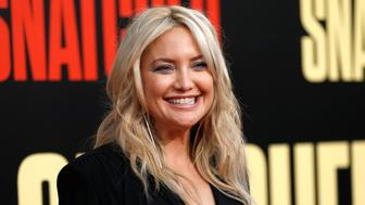 "Actor Kate Hudson poses at the premiere of the movie ""Snatched"" in Los Angeles, California, U.S., May 10, 2017.   REUTERS/Mario Anzuoni"
