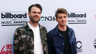 2017 Billboard Music Awards – Arrivals - Las Vegas, Nevada, U.S., 21/05/2017 - DJs Alex Pall (L) and Andrew Taggart of The Chainsmokers. REUTERS/Steve Marcus