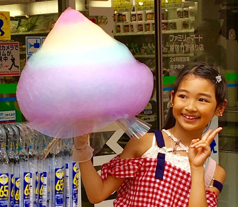 Totti Candy Factory spins cotton candy to impressive heights.