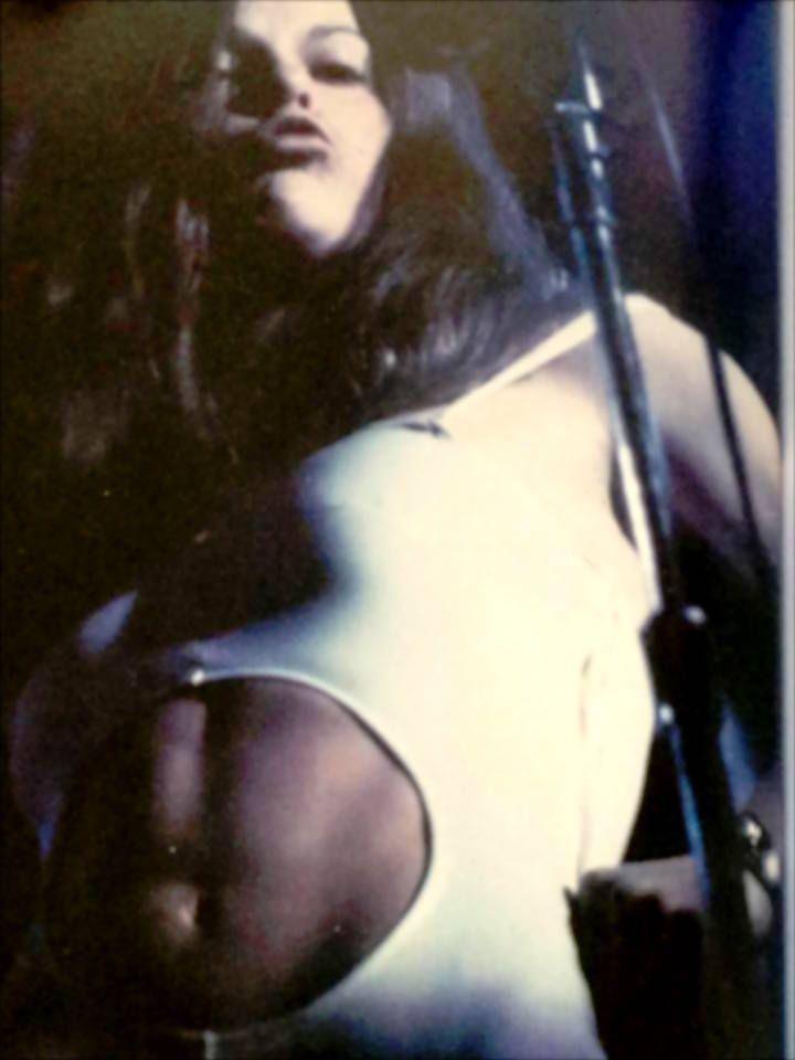 <em>Steel abs. Janita Haan on stage</em>