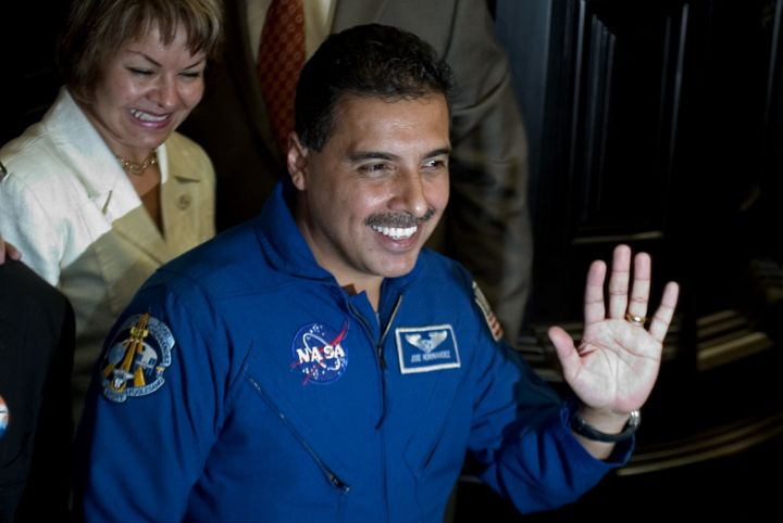 father jose hernandez astronaut - photo #41