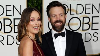 Actress Olivia Wilde and actor Jason Sudeikis arrive at the 73rd Golden Globe Awards in Beverly Hills, California January 10, 2016.  REUTERS/Mario Anzuoni