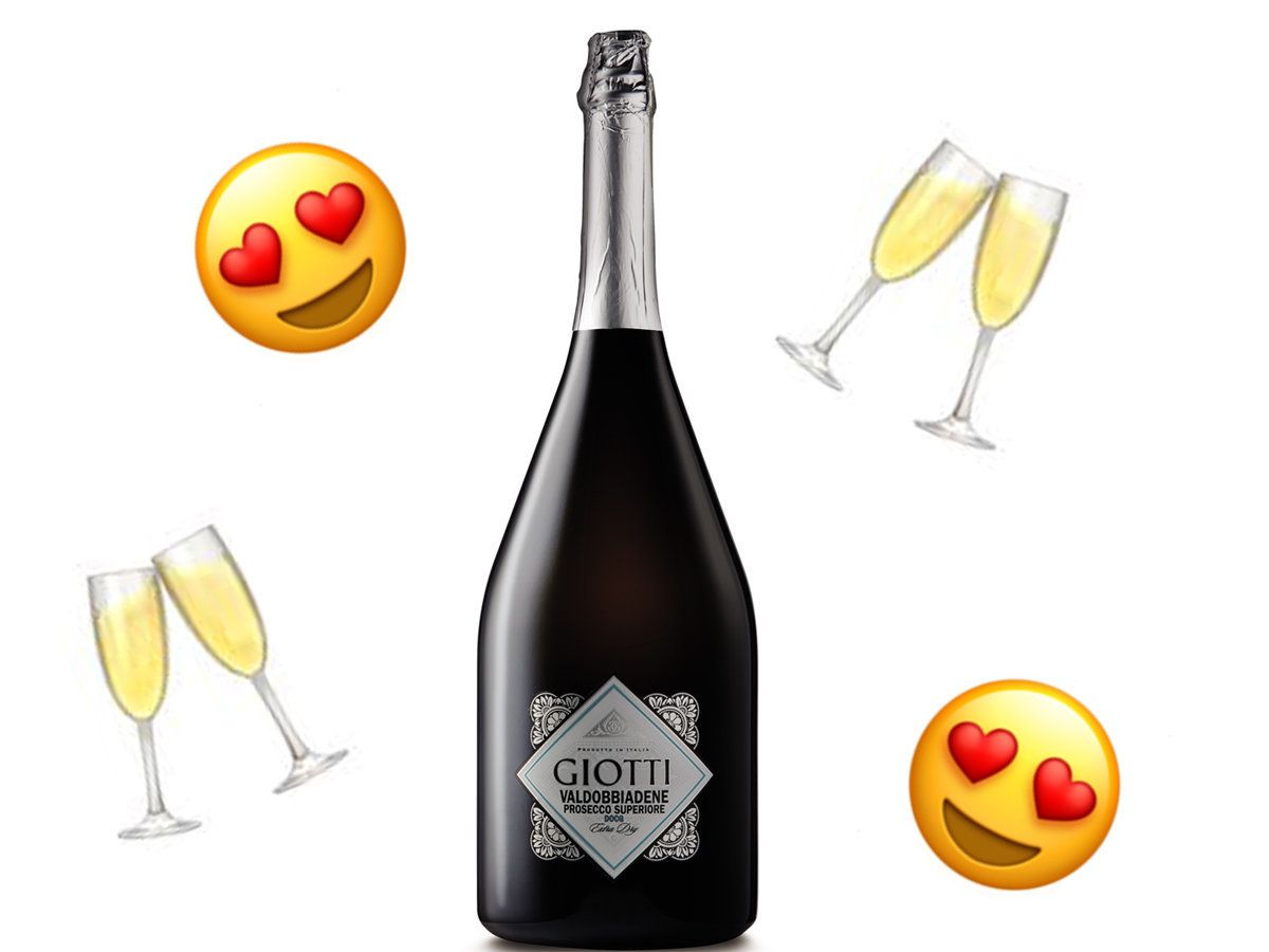 Aldi Is Selling A 3 Litre Bottle Of Prosecco This Christmas