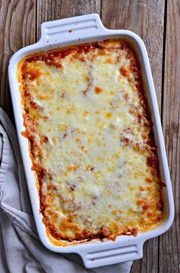 "<strong>Get the <a href=""http://www.mountainmamacooks.com/2017/03/baked-spaghetti-squash-puttanesca/"" target=""_blank"">Baked S"