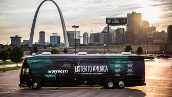 "ST. LOUIS, MO - SEPTEMBER 11: The HuffPost tour bus can be seen with the St. Louis Arch in the backgroud in St. Louis, Missouri, on Sept. 11, 2017, as part of ""Listen To America: A HuffPost Road Trip."" The outlet will visit more than 20 cities on its tour across the country. (Photo by Damon Dahlen/HuffPost) *** Local Caption ***"