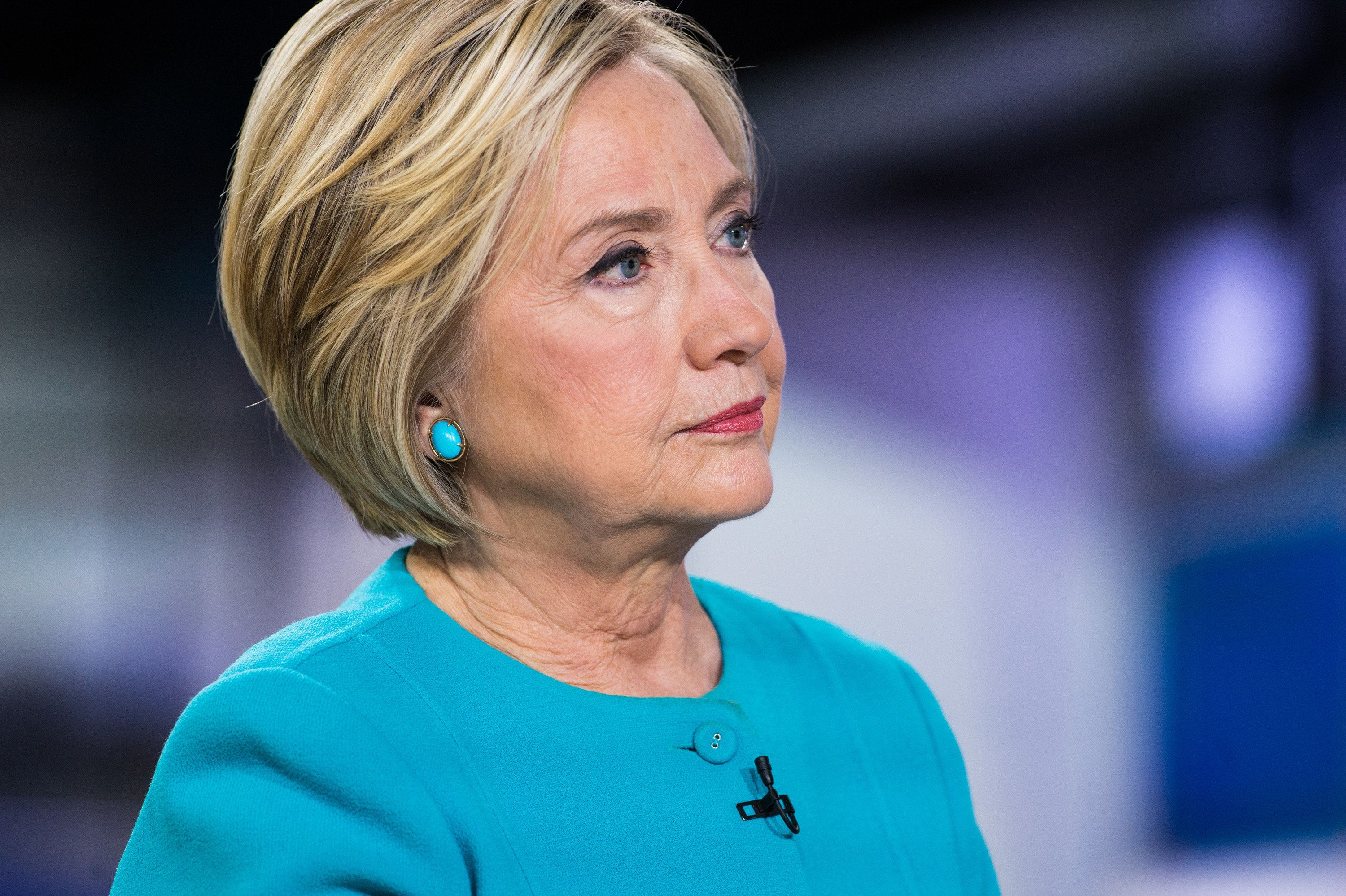 Clinton: 'Nobody Said A Word' When It Was My Fake Severed