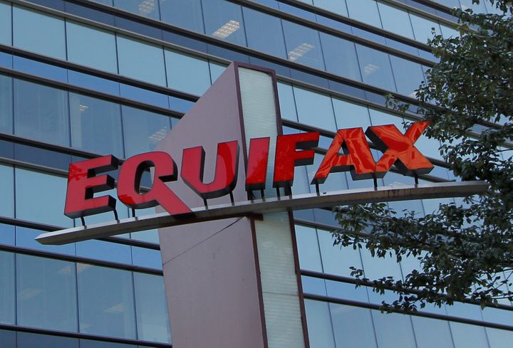 Heres why you probably dont want to freeze your credit huffpost equifax one of the big three credit reporting firms announced last week that hackers reheart Choice Image