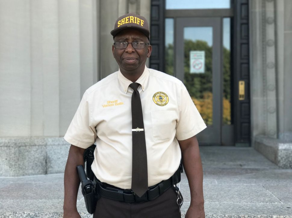 st louis sheriff vernon betts was involved in preparations for the jason stockley verdict
