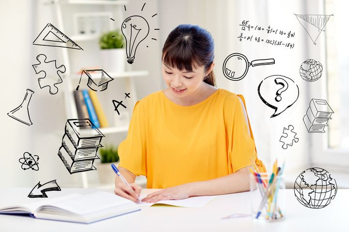 <p>These three tips will help you write strong supplemental essays for your college applications.</p>