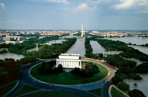 <em>Artist's rendering of the National Mall in the event of the Greenland ice sheet melting. </em>
