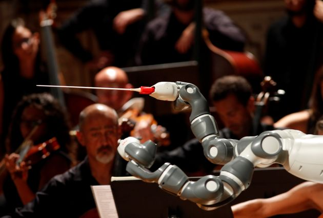 Witness An Orchestral Performance Conducted Completely By A