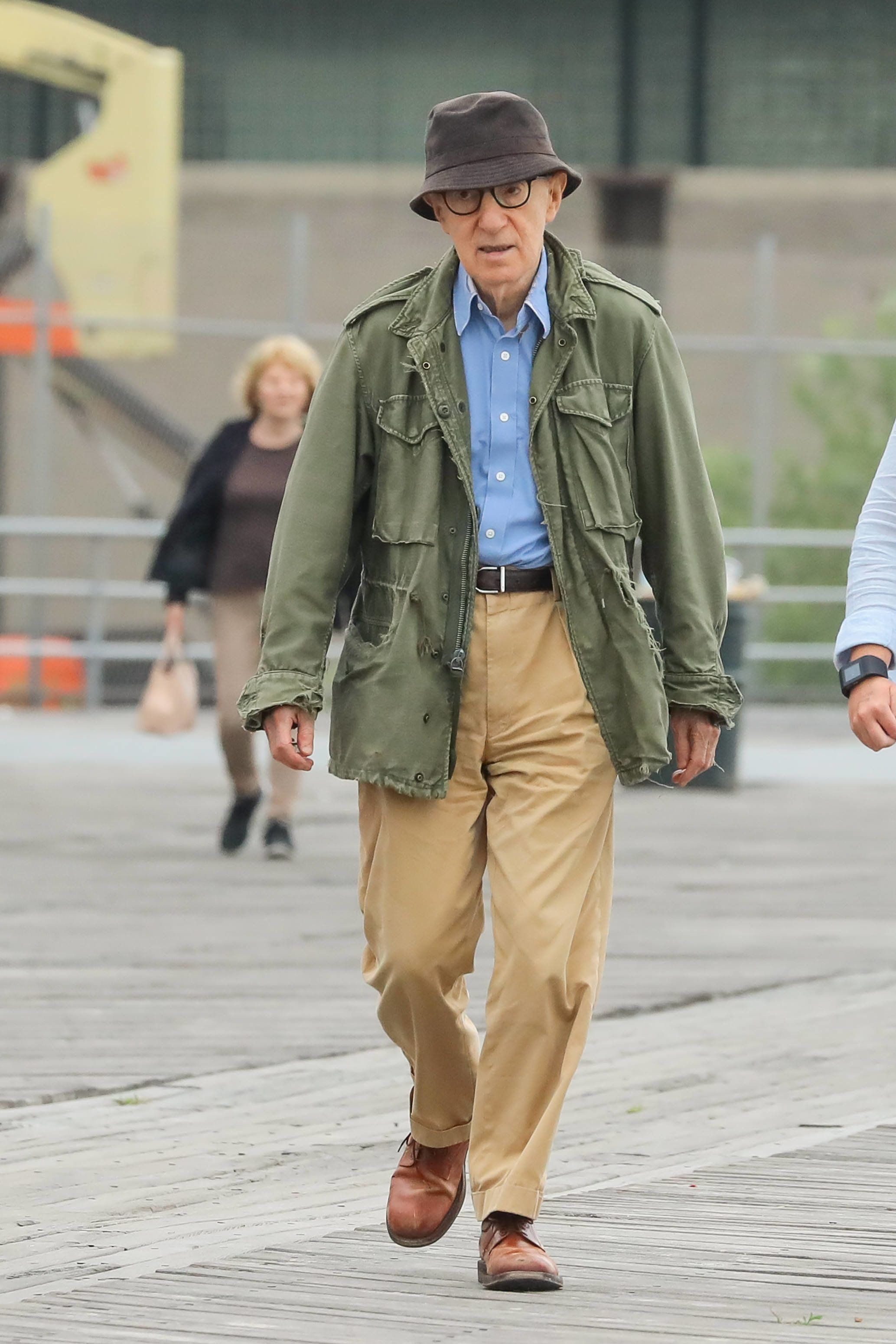 NEW YORK, NY - SEPTEMBER 20: Woody Allen is seen on filming September 20, 2016 in New York City.  (Photo by Ignat/Bauer-Griffin/GC Images)