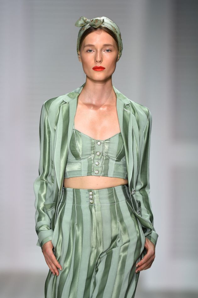 London Fashion Week: Temperley London's Beauty Look Will Make You Long For An Extended