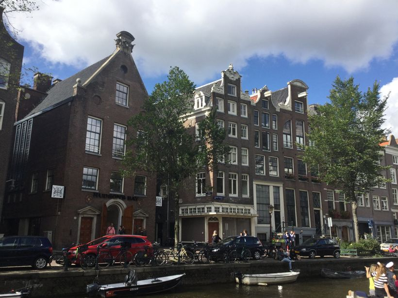 HBC retail outlet in central Amsterdam - First building on the left