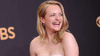 LOS ANGELES, CA - SEPTEMBER 17:  Actress Elisabeth Moss poses in the press room at the 69th annual Primetime Emmy Awards at Microsoft Theater on September 17, 2017 in Los Angeles, California.  (Photo by Jason LaVeris/FilmMagic)