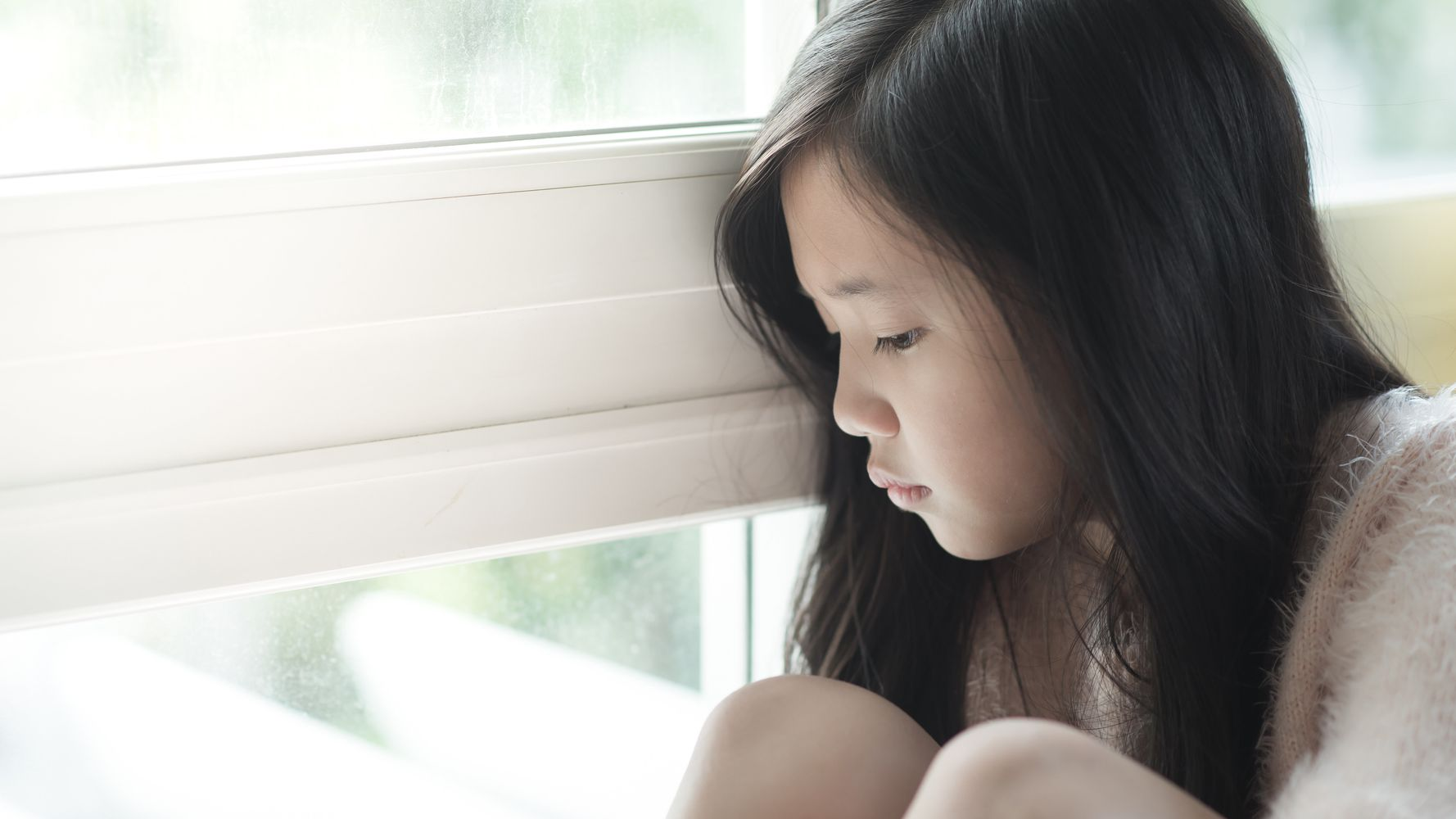 How To Spot Depression In Children: Signs And Symptoms Parents Should Look Out For