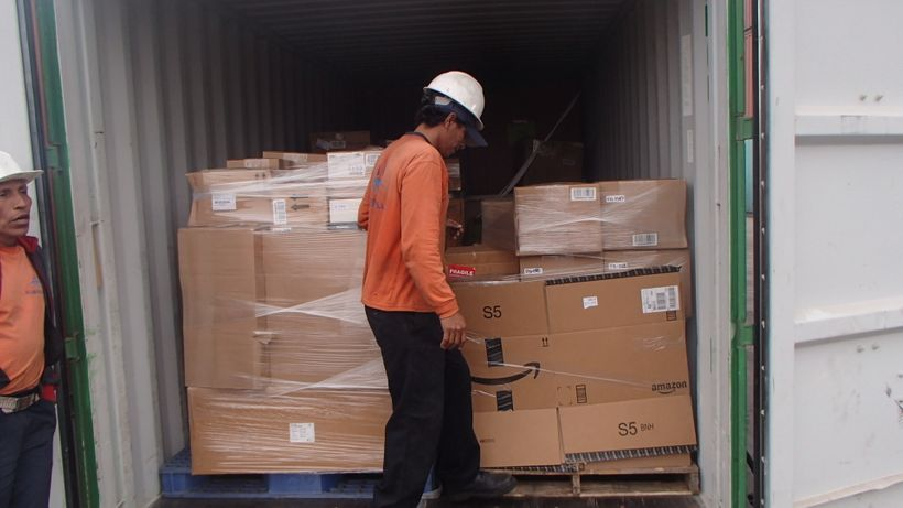 Donated lab equipment arrives at the Universidad de Ingenieria y Tecnologia in Peru
