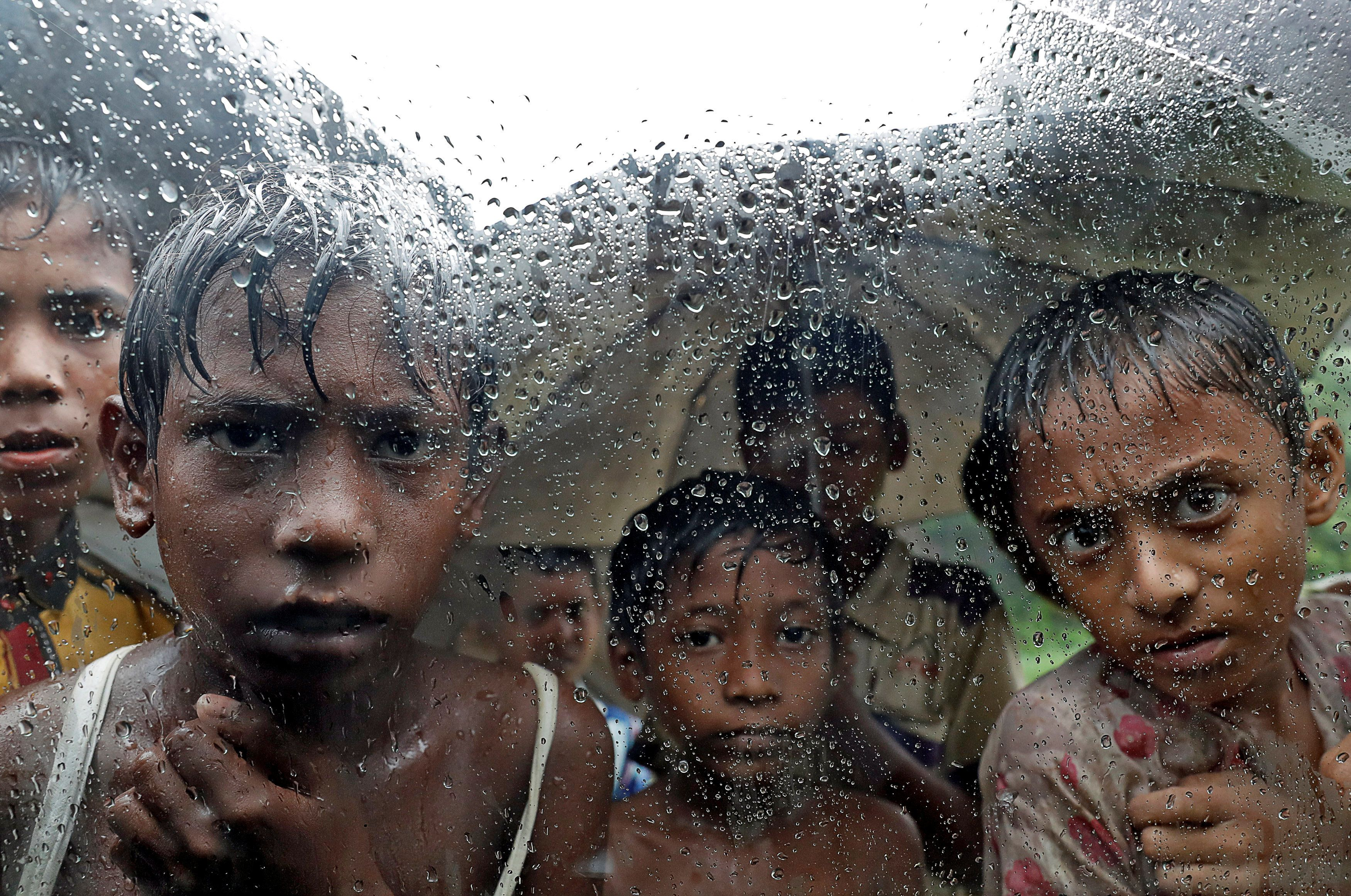 Rohingya refugee children pictured in a camp in Cox's Bazar, Bangladesh, September 19, 2017. REUTERS/Cathal McNaughton     TPX IMAGES OF THE DAY