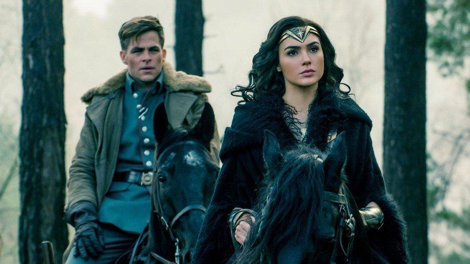 Wonder Woman with her love interest int he film,Steve Trevor.