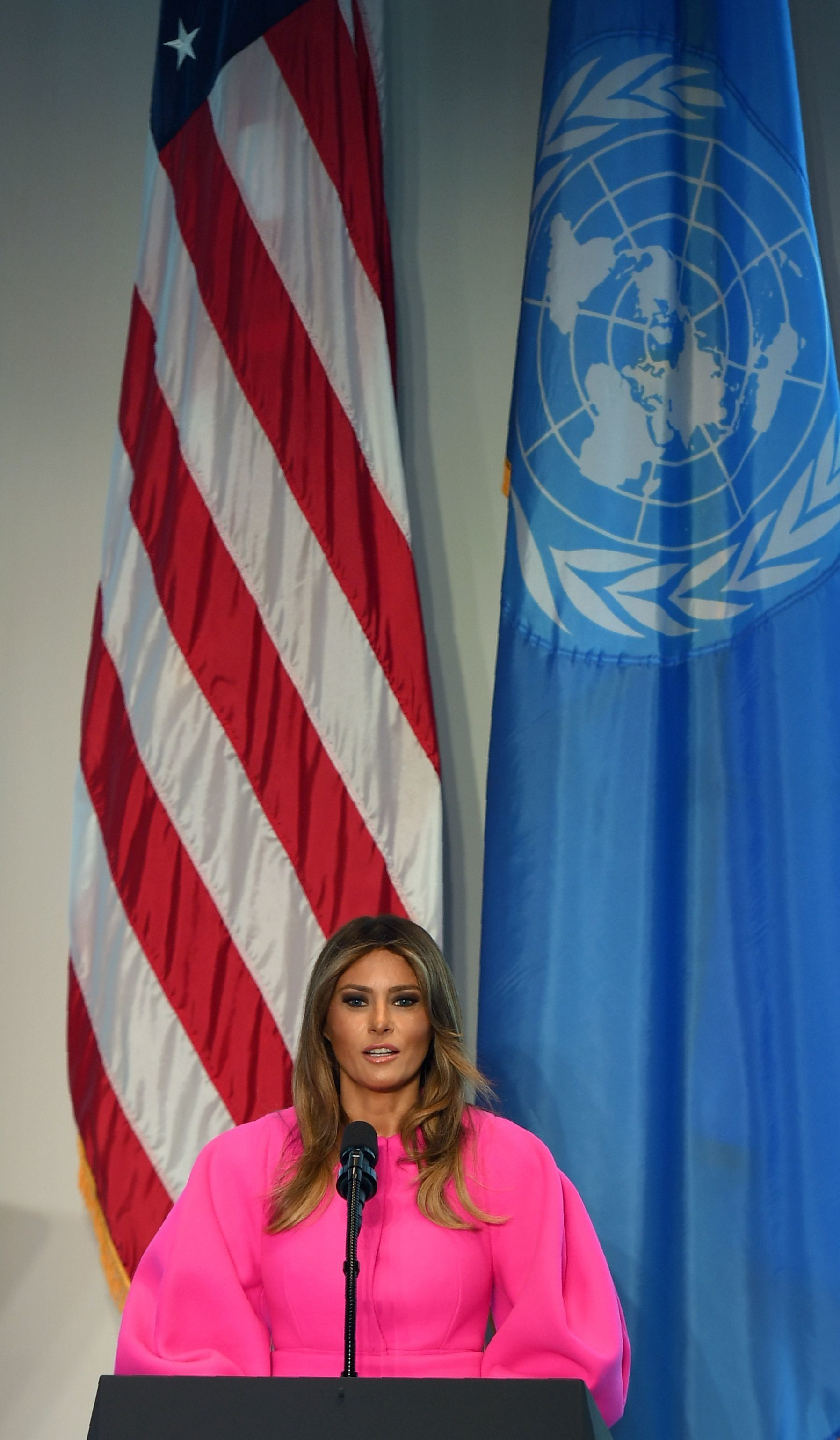 US First Lady Melania Trump addresses other spouses of world leaders at a United Nations luncheon on September 20, 2017, in the United States Mission in New York.  The First Lady addressed the issue of vulnerable children around the world. / AFP PHOTO / DON EMMERT        (Photo credit should read DON EMMERT/AFP/Getty Images)
