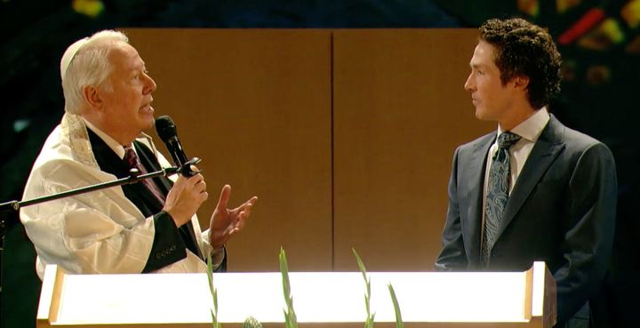 David Rosen, Congregation Beth Yeshurun's senior rabbi, speaks with Pastor Joel Osteen of Lakewood Church at a Rosh Has