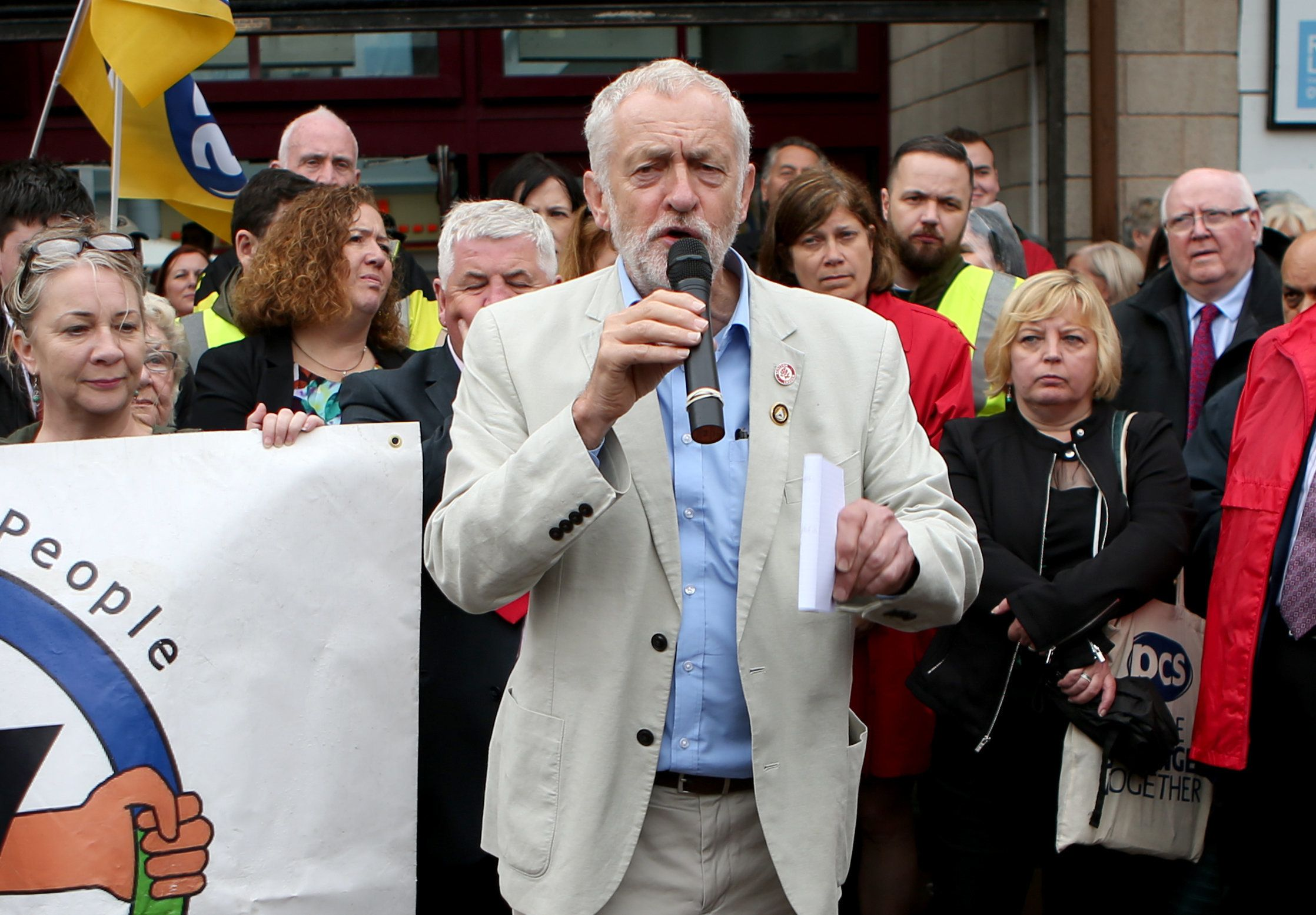 Labour Moderates: Corbynites Must Be Allowed To Crash The Bus Before Anything Will