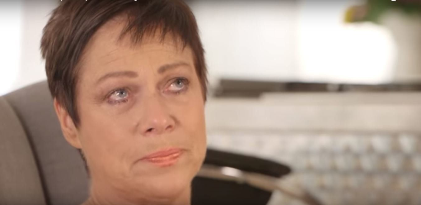 Denise Welch Breaks Down As She Opens Up About Mother's Death From Cancer In Emotional
