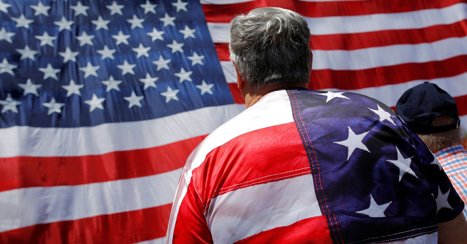 here are some ways people disrespect the flag daily based on flag