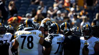 CHICAGO, IL - SEPTEMBER 24:  The Pittsburgh Steelers huddle up during warm-ups prior to the game against the Chicago Bears at Soldier Field on September 24, 2017 in Chicago, Illinois.  (Photo by Joe Robbins/Getty Images)