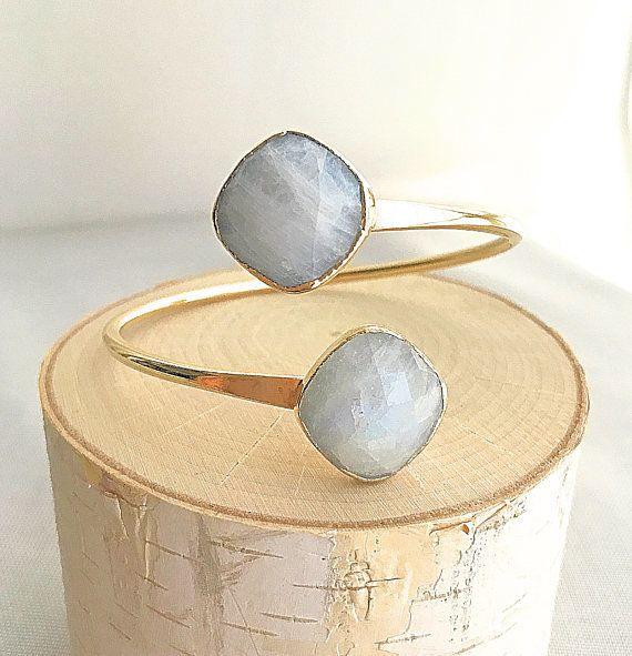 "<a href=""https://www.etsy.com/listing/528511923/moonstone-bracelet-moonstone-gold?ga_order=most_relevant&ga_search_type=a"