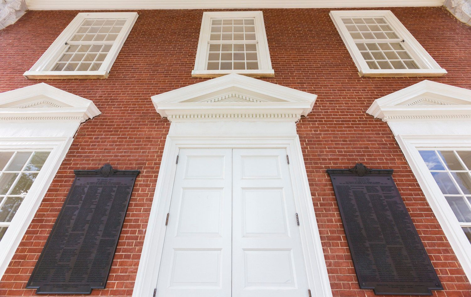 The board of visitors voted to remove the plaques commemorating former University of Virginia students who died fighting for
