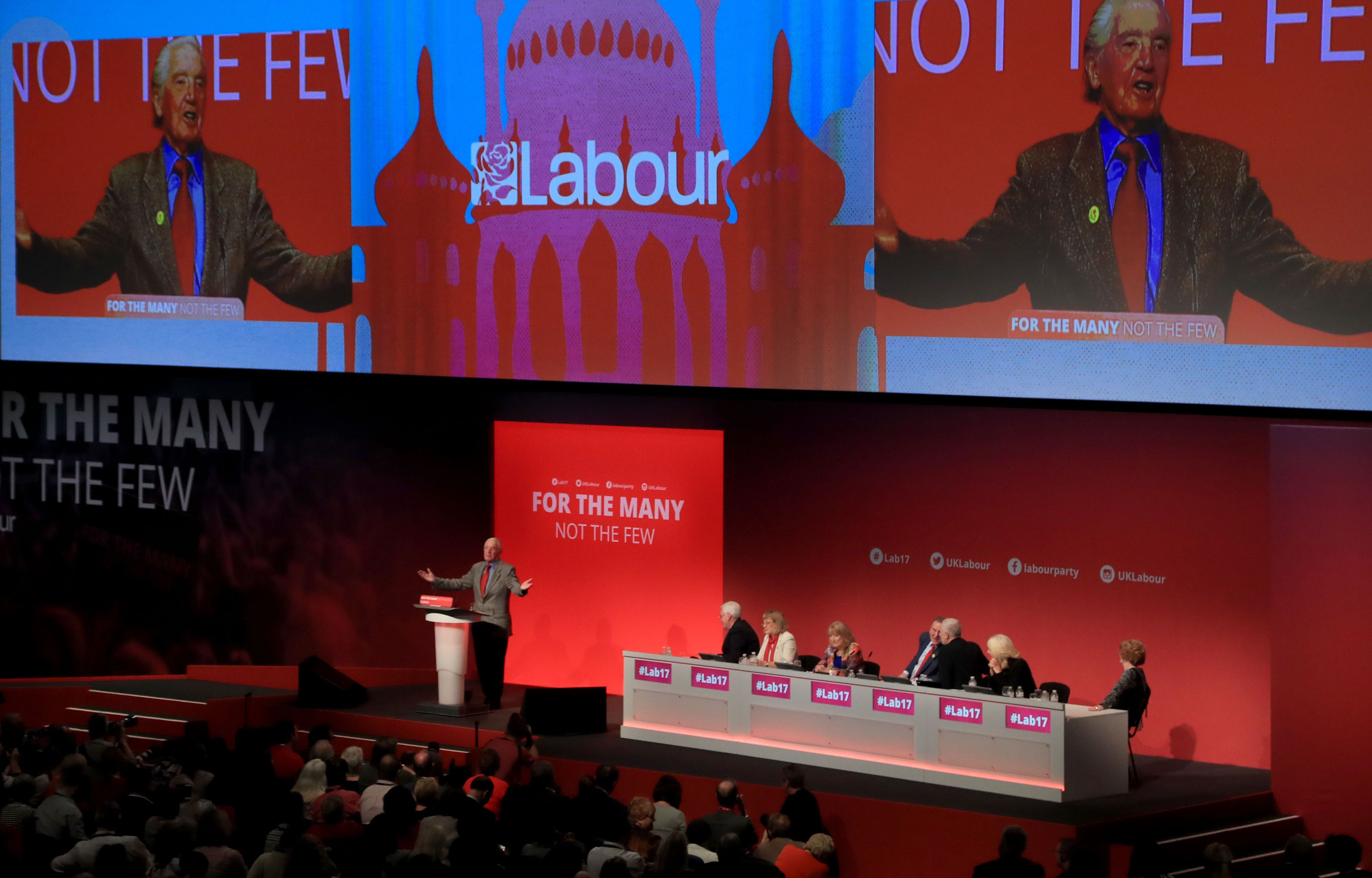 Labour's Brighton Pavilion Backdrop Mistaken For A Mosque By Angry