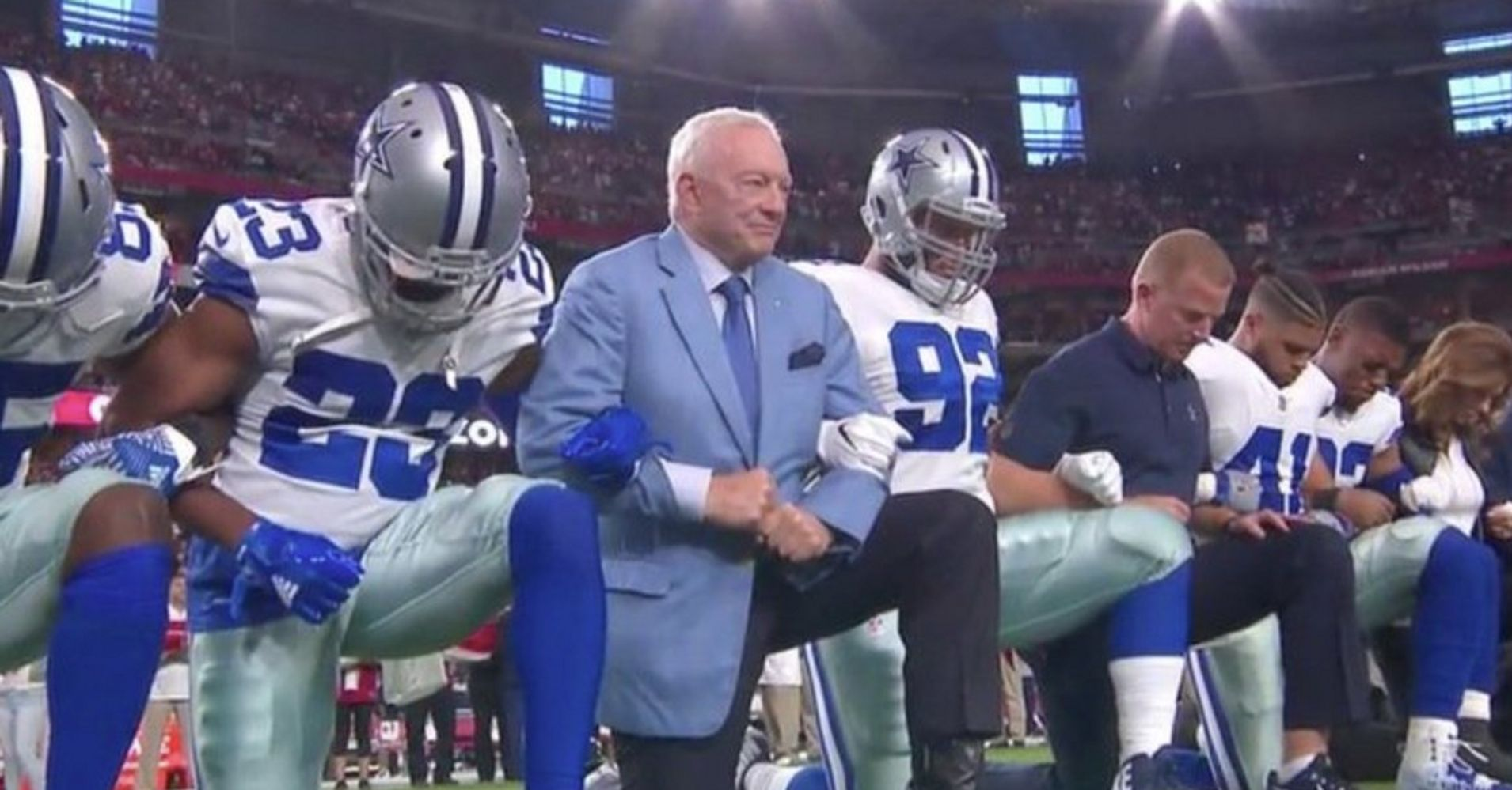 Cowboys, Cardinals Conduct Silent Protests As Controversy Over Trump's Remarks Continue