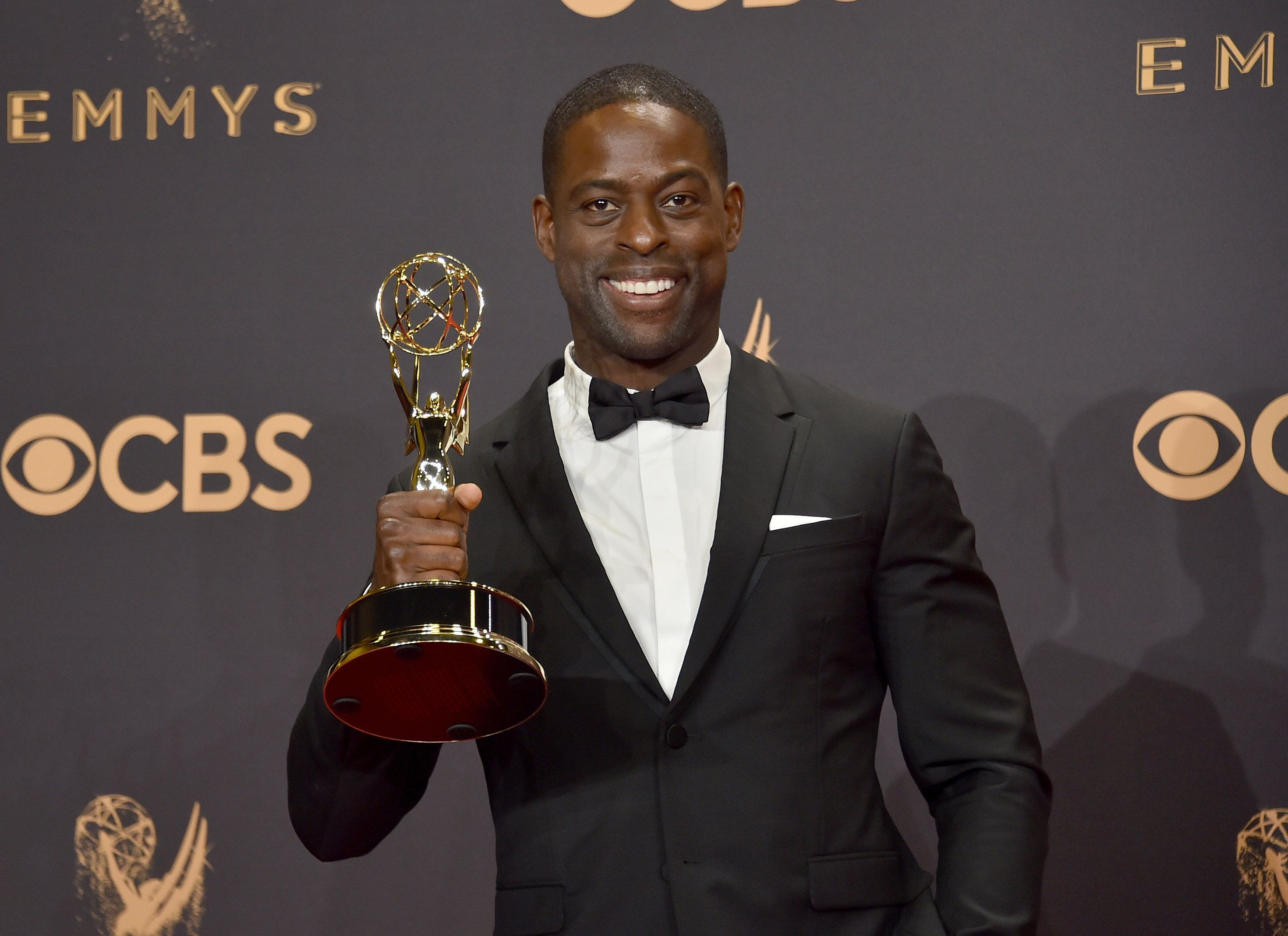 LOS ANGELES, CA - SEPTEMBER 17:  Actor Sterling K. Brown, winner of Outstanding Lead Actor in a Drama Series for 'This Is Us', poses in the press room during the 69th Annual Primetime Emmy Awards at Microsoft Theater on September 17, 2017 in Los Angeles, California.  (Photo by Alberto E. Rodriguez/Getty Images)